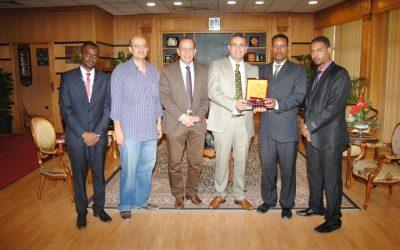 رئيس جامعة المنصورة يستقبل وفد جامعة أم درمان للعلوم الهندسية بالسودان