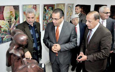 بالصور 160 عملا فنيا فى افتتاح معرض رؤى بكلية الفنون الجميلة بالمنصورة