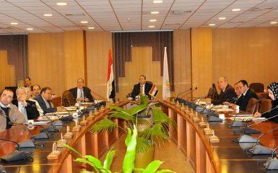 رئيس جامعة المنصورة يناقش تطوير خطة البحث العلمى مع المجلس الأعلى لمراكز التميز البحثى