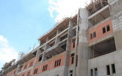 رئيس جامعة المنصورة : الانتهاء من الأعمال الانشائية بالمراكز الطبية الثلاثة نهاية 2017