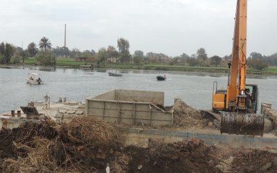 بالصور شرطة المسطحات المائية والبيئة تزيل 22 حالة تعدى بميت غمر