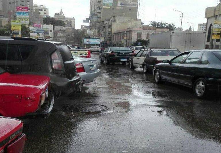 هطول امطار غزيرة بمدينة المنصورة